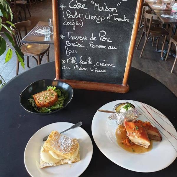 Le Restaurant - A Table - Restaurant Pézenas